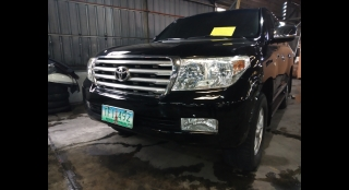 2011 Toyota Land Cruiser LC 200 AT