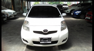 2010 Toyota Yaris AT