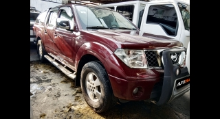 2010 Nissan Frontier Navara (4X2) AT