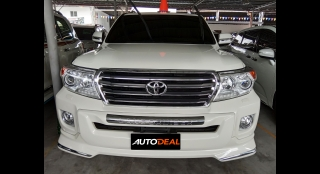 2015 Toyota Land Cruiser LC 200 VX V8 AT