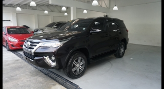 2017 Toyota Fortuner MT