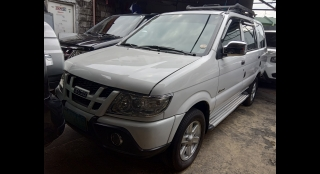 2011 Isuzu Crosswind XL MT