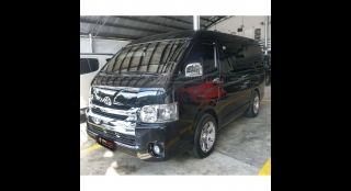 2017 Toyota Hiace Super Grandia 3.0L AT Diesel