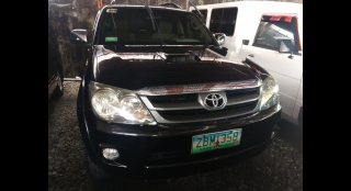 2005 Toyota Fortuner G AT Diesel
