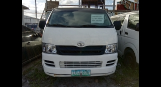 2009 Toyota Hiace Commuter MT