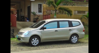 2012 Nissan Grand Livina Elite MT