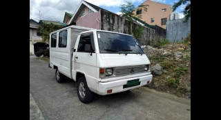 2009 Mitsubishi L300 2.5L MT Diesel