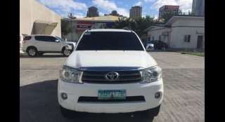 2010 Toyota Old Fortuner G Gas AT