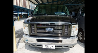 2010 Ford E-150 AT Gas