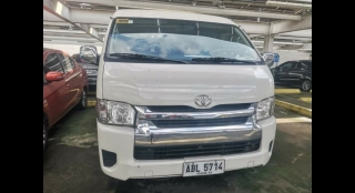 2015 Toyota Hiace Super Grandia 3L AT Diesel