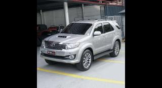 2015 Toyota Fortuner V AT Diesel