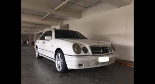 2000 Mercedes-Benz E-Class 6L AT Gasoline