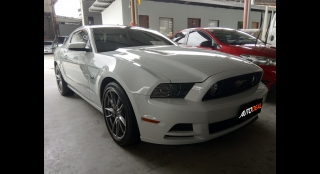 2014 Ford Mustang GT 5.0L AT Gasoline