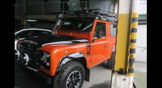 2016 Land Rover Defender 2.2L MT Diesel
