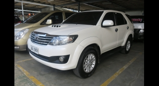 2014 Toyota Fortuner 2.5 V Dsl 4x2 AT