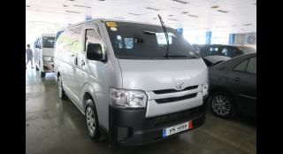2017 Toyota Hiace Commuter 3.0 MT
