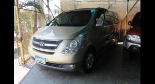 2010 Hyundai Grand Starex GLS CRDi VGT (10 Seats Swivel)