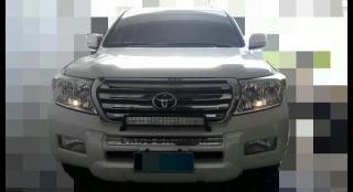 2010 Toyota Land Cruiser 200 5.7L AT Diesel
