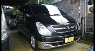 2011 Hyundai Grand Starex GLS CRDi VGT (10 Seats Swivel)
