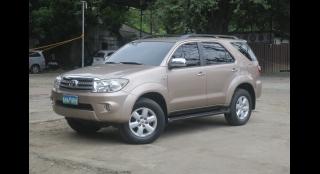 2010 Toyota Fortuner G Diesel AT