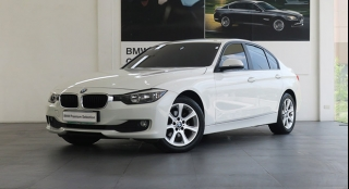 2013 BMW 3-Series Sedan 318d Essential