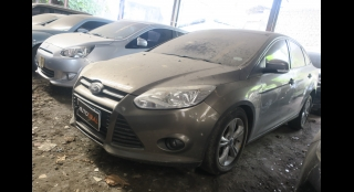 2013 Ford Focus Sedan 1.6 Trend AT