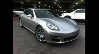 2011 Porsche Panamera 4.8L AT Gasoline