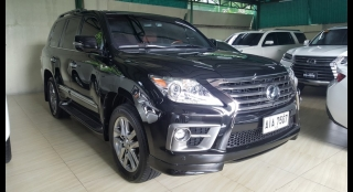 2015 Lexus LX570 5.7L AT Gasoline