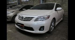 2013 Toyota Corolla Altis 1.6 V AT