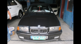 1998 BMW 3-Series Sedan 316i MT