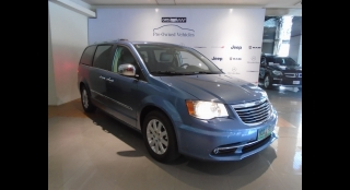 2012 Chrysler Town & Country 3.6L AT Gasoline