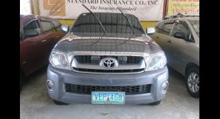 2010 Toyota Hilux G (4x2) MT