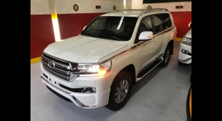 2018 Toyota Land Cruiser 200 4.5L AT Diesel