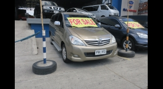 2010 Toyota Innova V Gas AT