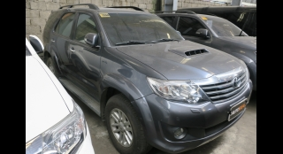 2013 Toyota Fortuner V AT