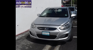 2015 Hyundai Accent 1.4L AT Gasoline