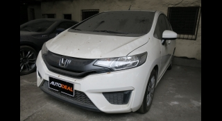 2015 Honda Jazz 1.5 V MT