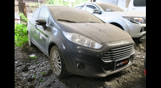 2014 Ford Fiesta Sedan 1.5 Titanium