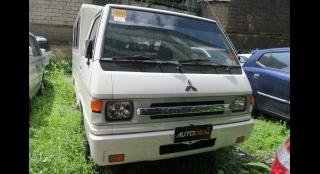 2016 Mitsubishi L300 2.5L MT Diesel