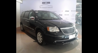 2013 Chrysler Town & Country 3.6L AT Gasoline