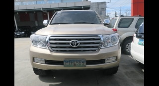 2011 Toyota Land Cruiser 200 4.5L AT Diesel