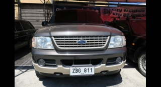 2005 Ford Explorer XLT AT