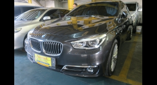 2018 BMW 5-Series Touring 520d