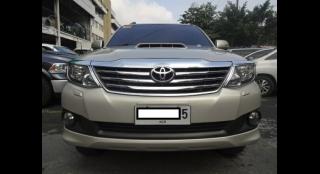 2014 Toyota Fortuner 2.5 V Dsl 4x2 AT