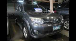 2012 Toyota Fortuner V AT