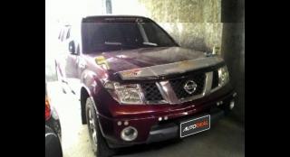 2011 Nissan Frontier Navara Krome Edition (4X4) MT