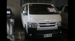 2014 Toyota Hiace Commuter 3.0 MT