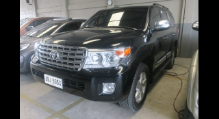 2015 Toyota Land Cruiser 200 4.5L AT Diesel