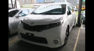 2017 Toyota Sienna 3.5L AT Gasoline