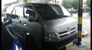 2013 Toyota Hiace Commuter MT